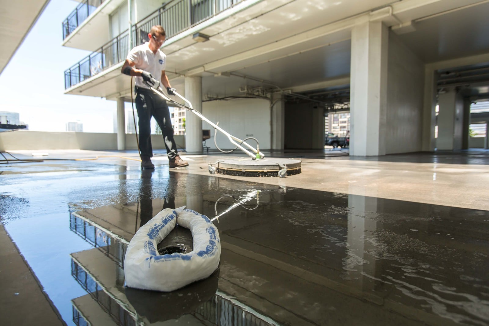 Pressure Cleaning Commercial Pressure Washing Services
