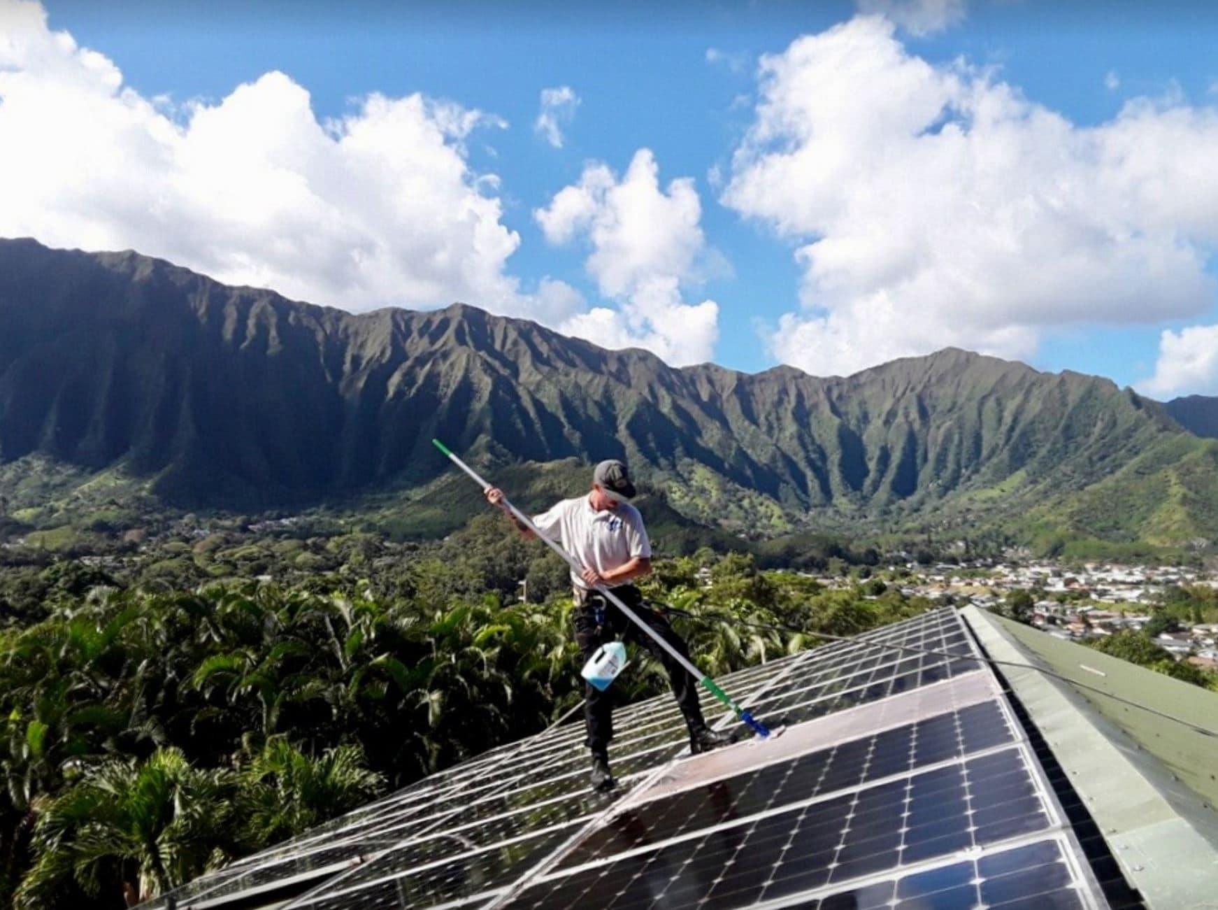 honolulu solar panel clean